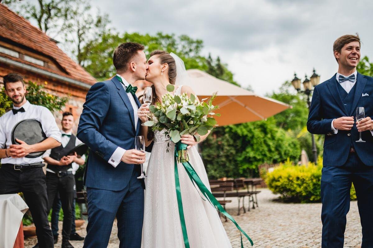 reportaż ślubny, fotograf na weselu, piękna para