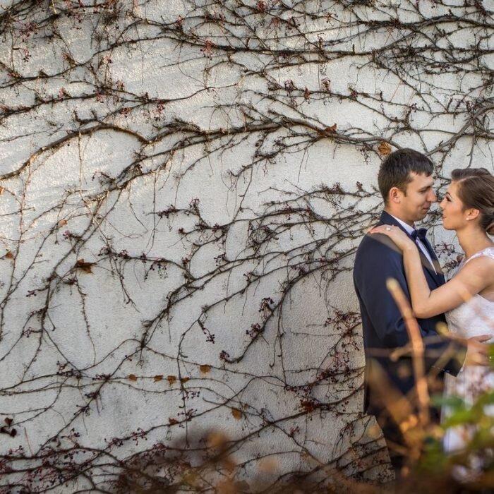 sesje ślubne we wrocławiu, katedra miejsce na plener ślubny, fotograf wesele