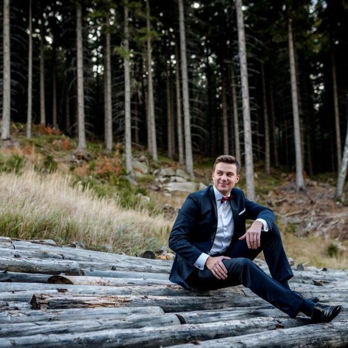 zdjęcia ślubne na szczycie, górski plener ślubny, ślub w górach, fotografia młodego