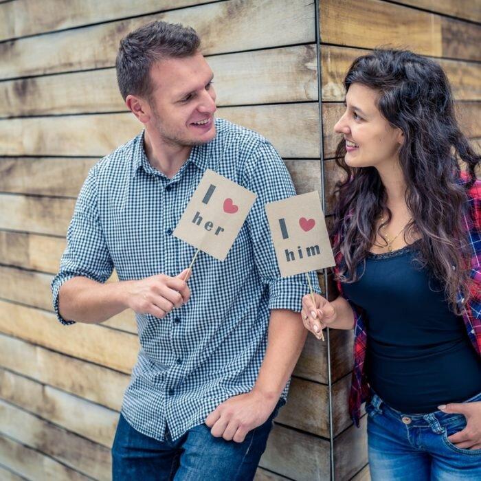 sesje narzeczeńskie, we dwoje, romantyczne, street photo, zakochani wrocław