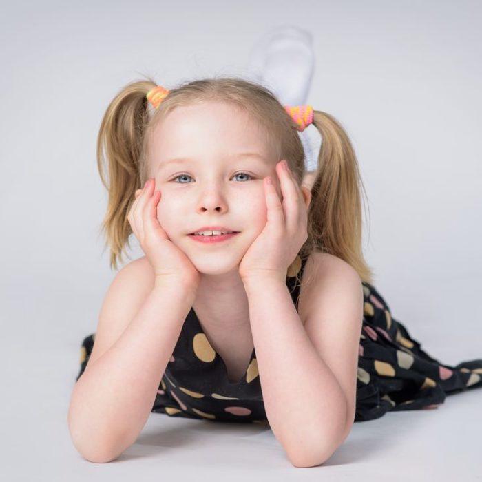 portret w studio, fotografia dzieci, zdjęcia portretowe, artystyczne