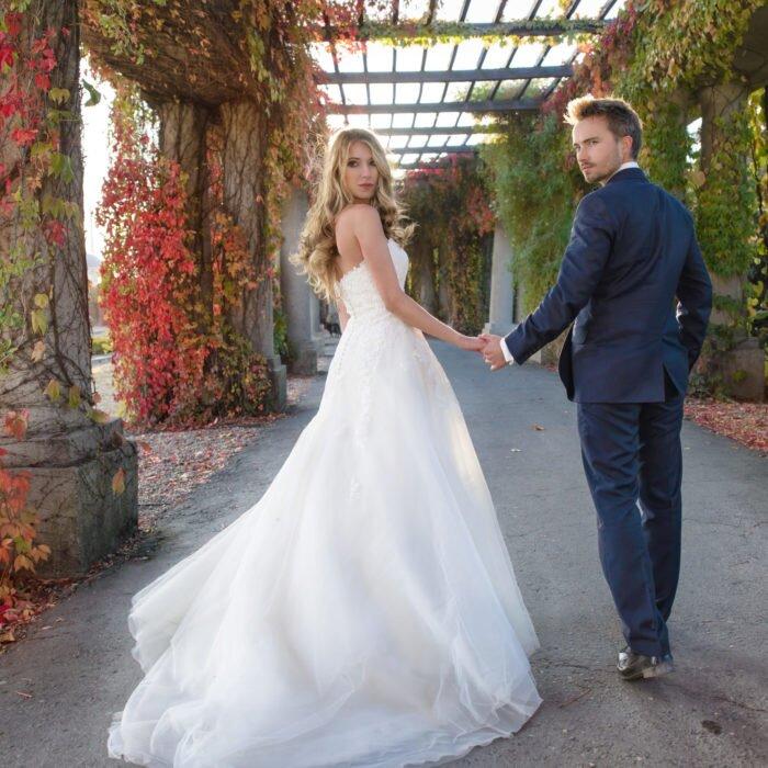sesje ślubne na pergoli, hala stulecia wrocław, zdjęcia ślubne miejskie, fotograf na wesele 2020