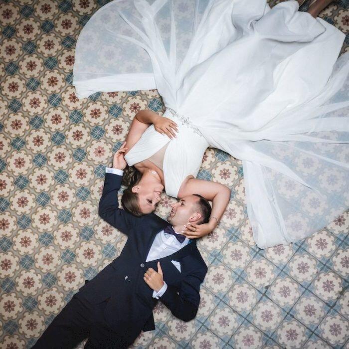 zdjęcia młodych z góry, krowiarki, plener ślubny, fotografia 2020