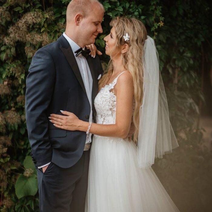 zakochana młoda para, sesje wrocław, najlepszy,fotograf,zdjęcia ślubne romantyczne, softowe